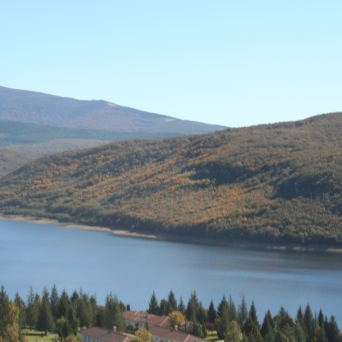 Uzquiza Reservoir (Burgos, Spain)